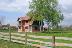 Kuće u Gračacu - nekretnine u Vrnjačkoj Banji